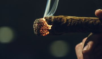 How to Perfectly Light a Joint… Every Time.